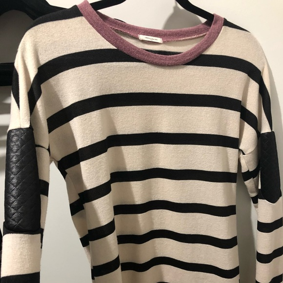 12PMbyMonAmi striped top with leather look patches